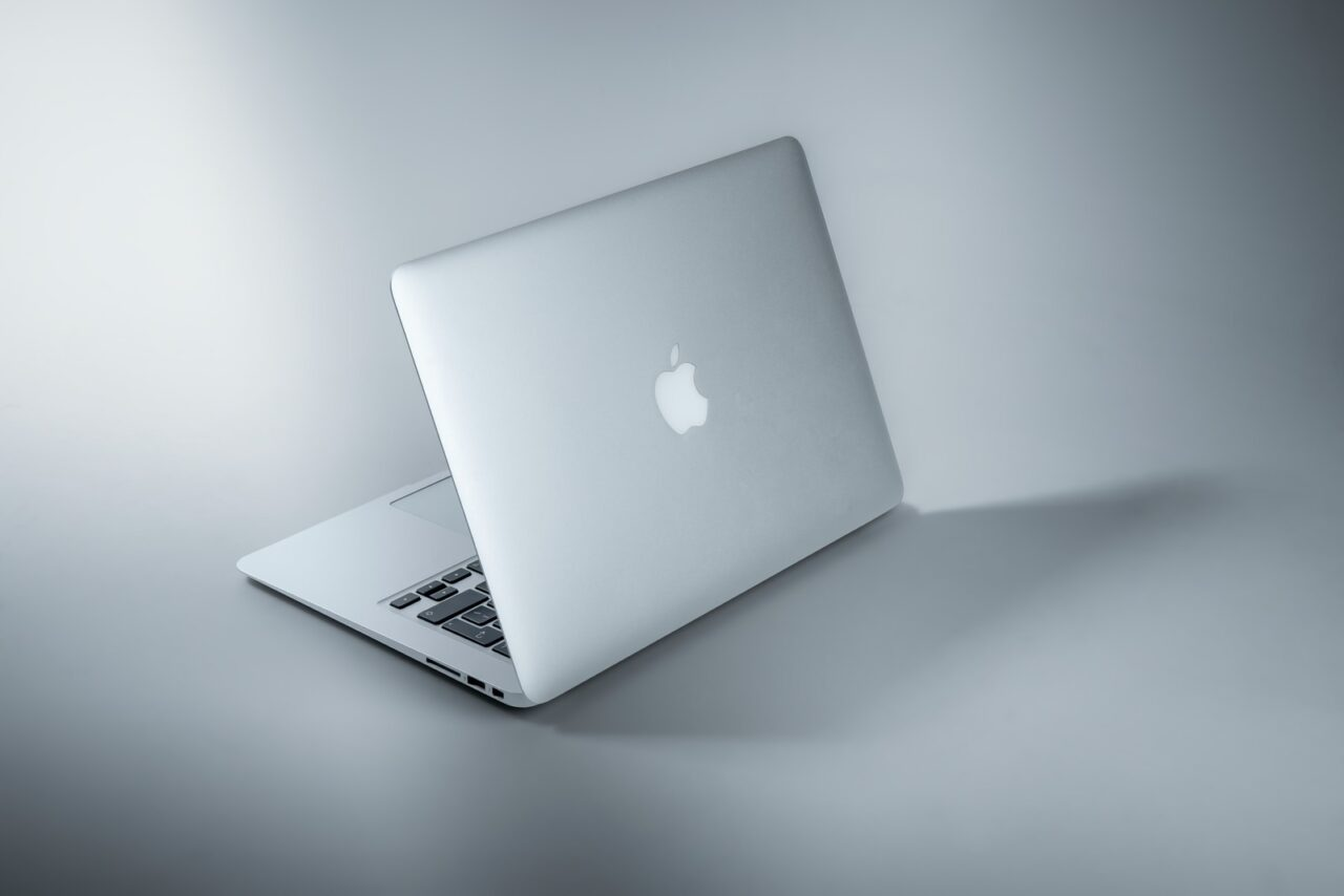 Webライター・ブロガーは『Macbook』一択